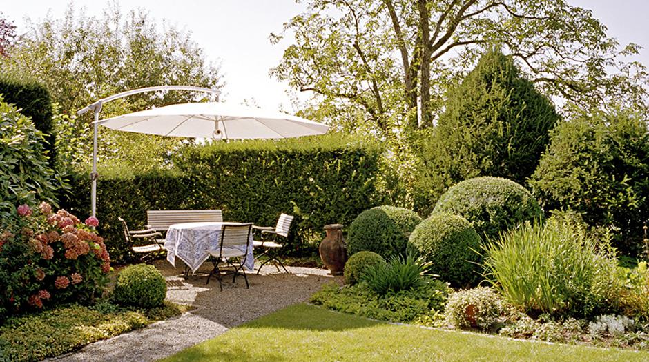 Terrasseng rten und gartenplanung f r eschenbach zug for Terrassengarten gestalten